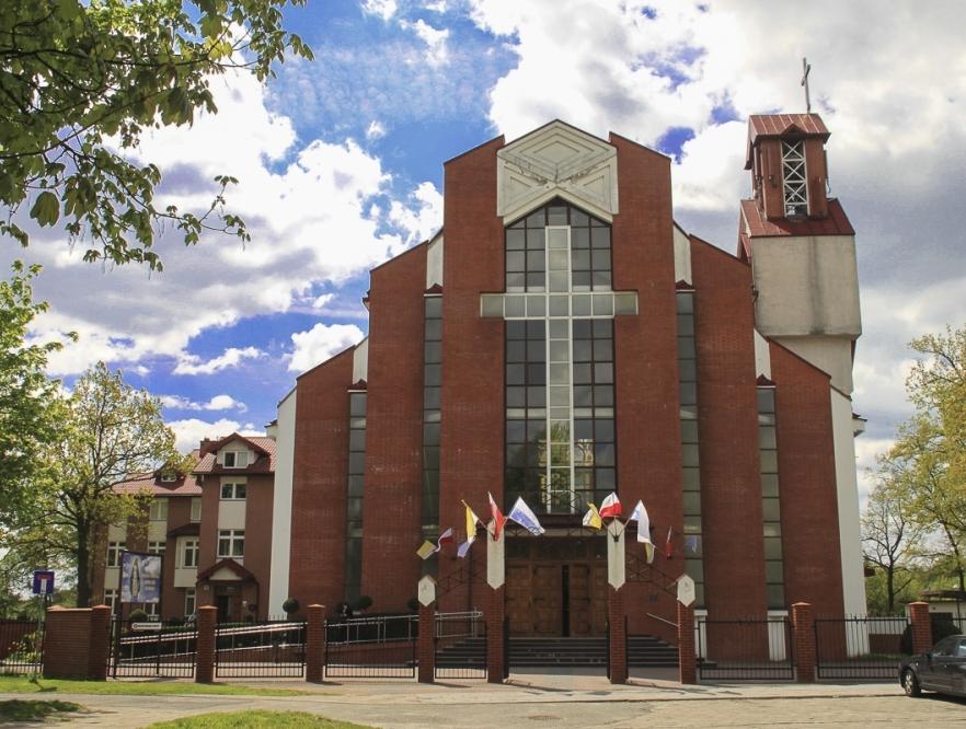 Kościół Niepokalanego Serca NMP - front
